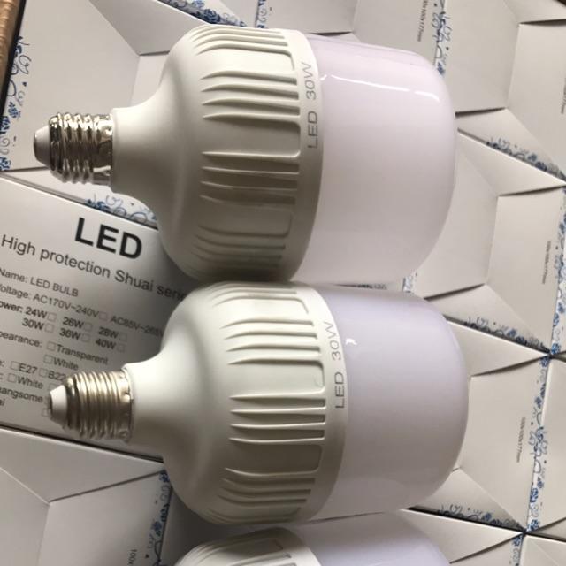 Giá sập sàn: Bộ 3 bóng đèn led 30w tiết kiệm điện