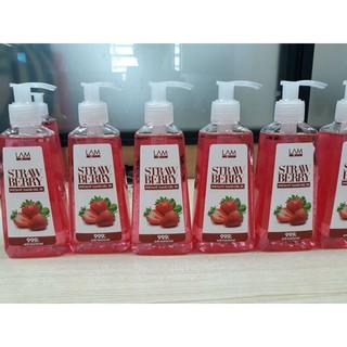 Gel rửa tay khô 3K Lamcosme hương dâu diệt khuẩn 99% an toàn cho da
