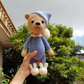 Gấu xanh đội mũ