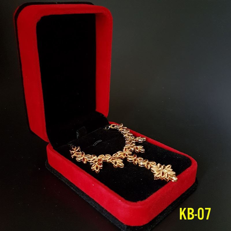 Kiềng bộ và hoa tai dát vàng 24k - KB07 - 2549619 , 125371042 , 322_125371042 , 499000 , Kieng-bo-va-hoa-tai-dat-vang-24k-KB07-322_125371042 , shopee.vn , Kiềng bộ và hoa tai dát vàng 24k - KB07