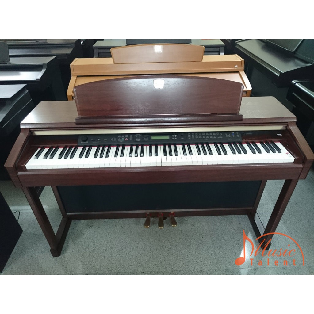 Đàn piano Yamaha CLP 170
