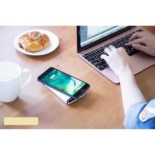 Pin sạc dự phòng không dây Totu Wireless Station 8000mAh thumbnail
