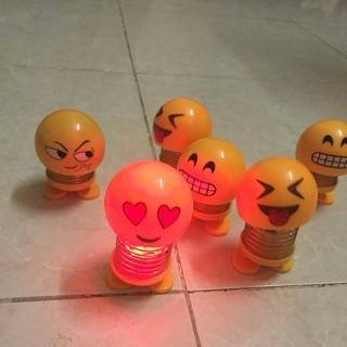 Thú nhún emoji có đèn