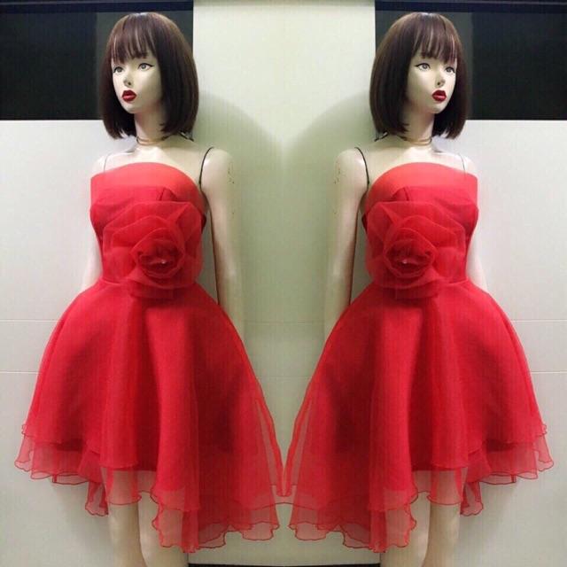 Đầm cúp công chúa bông hồng