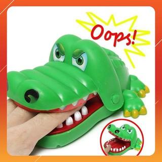 [HGR] Bộ trò chơi cá sấu cắn tay