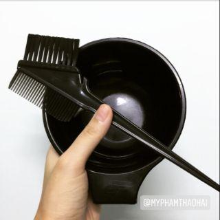 Bộ dụng cụ Lược nhuộm 2 đầu, bát nhuộm, mũ ủ tóc nilong. thumbnail