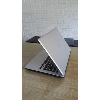 Laptop cũ Acer V5- 471 - Core i5 3317, mỏng đẹp, chiến game các loại