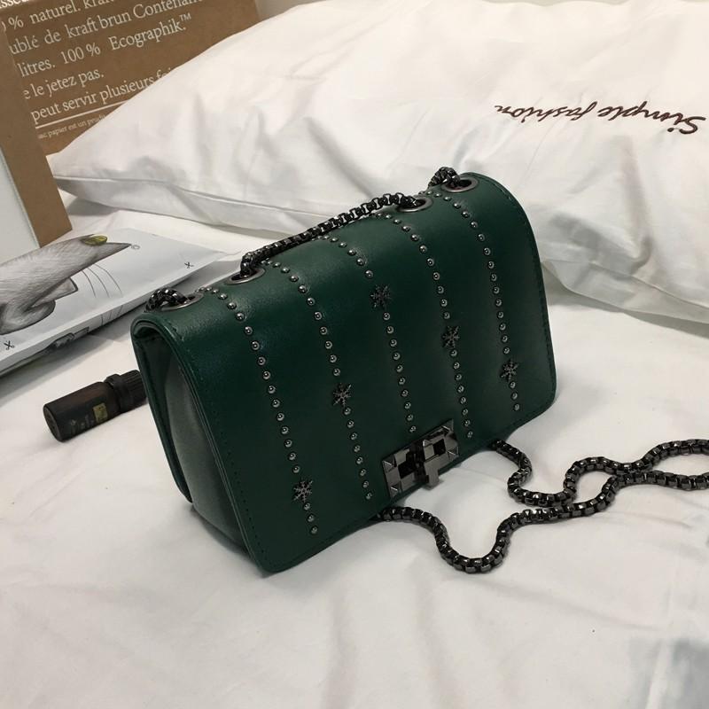2018 Messenger bag new autumn small bag ladies mini shoulder bag rivet chain