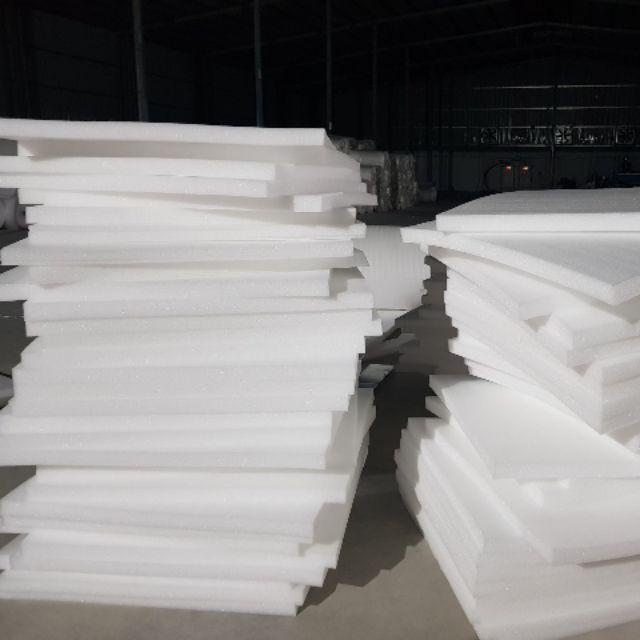 1 mét xốp PE foam 10 ly bọc gói hàng chèn hàng (1mx 1m)