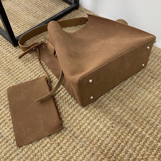 Túi caramel size đựng được laptop, tài liệu