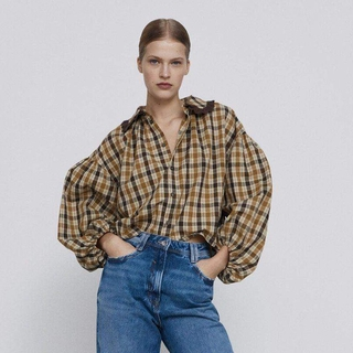 2020 Autumn and Winter new small round lapel puff sleeves plaid shirt women's clothing 08351233707 8351233