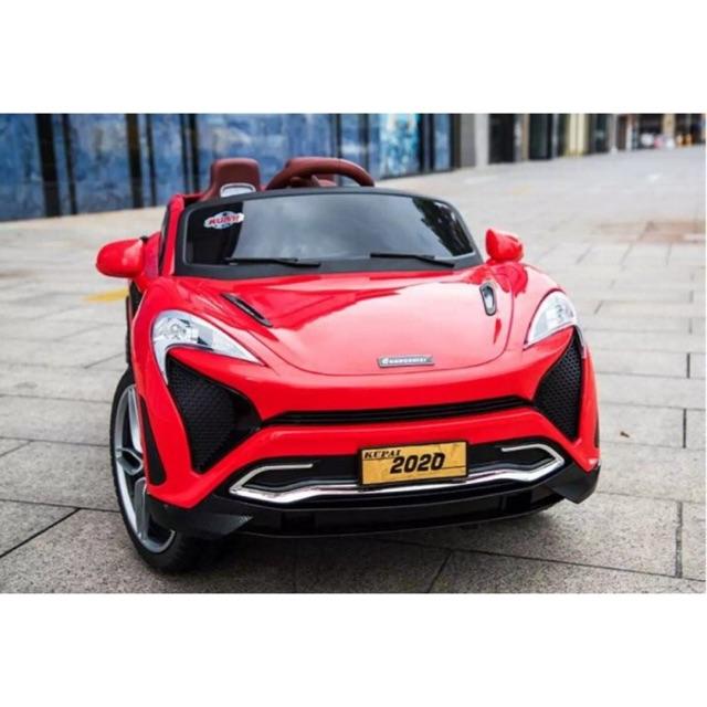 Ô tô xe điện đồ chơi KUPAI-2020 4 động cơ 12V7AH cho bé vận động ngoài trời (Đỏ-Cam-Trắng)