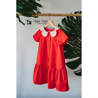 Đầm hoặc áo bé phối cổ bèo phù hợp xu hướng mùa cuôi năm
