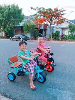 XE ĐẠP TRẺ EM - XÍCH LÔ -, Xe đạp xích lô yên da cho bé 2-6t thumbnail