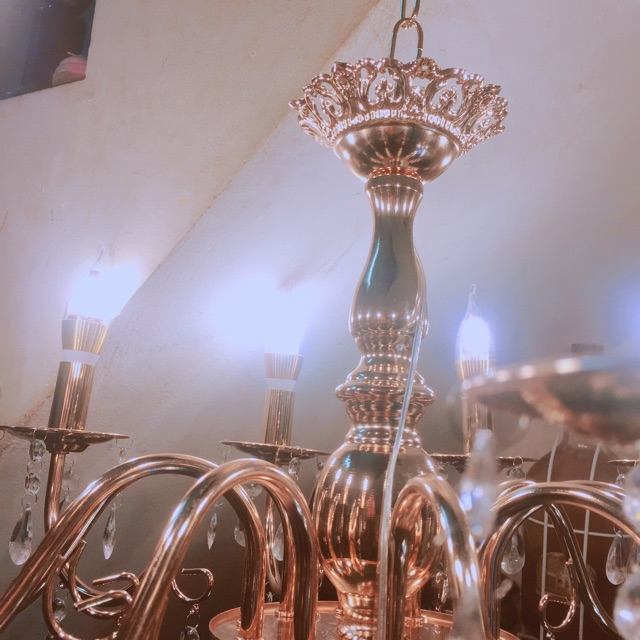 Đèn chùm mạ vàng phale 12 tay giá đẹp sang trọng