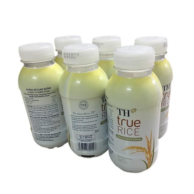 Lốc 6 chai nước Gạo rang TH True Rice 300ml