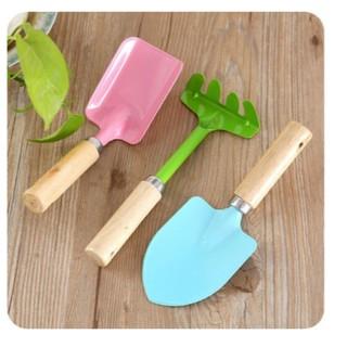 Bộ dụng cụ làm vườn cho bé