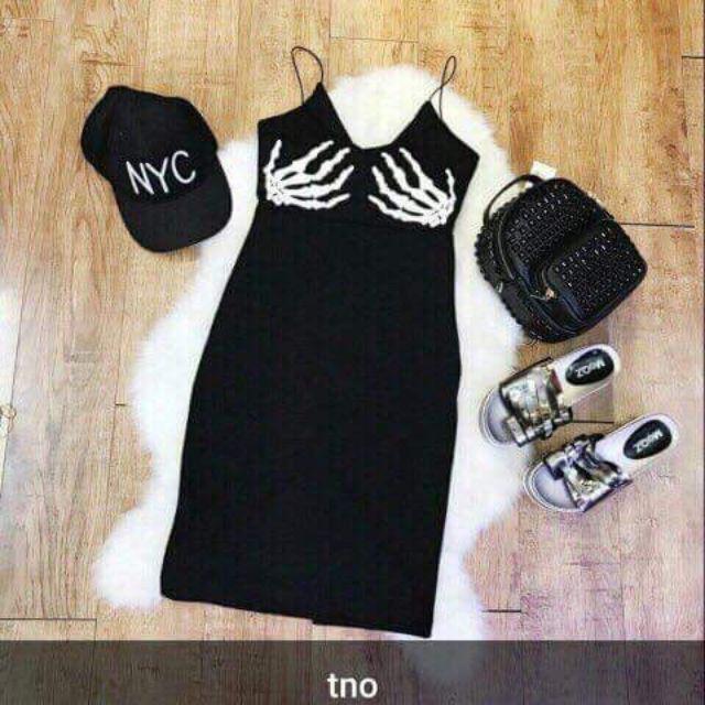 TỔNG KHO SỈ LẺ🏵🏵🏵 váy 2s diện mùa hè