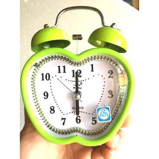 Đồng hồ báo thức để bàn trái táo mini 3302 (màu xanh )