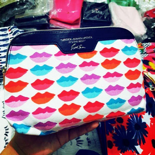 Túi mỹ phẩm Estee lauder môi màu sắc viền xanh