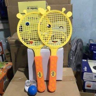 Bộ vợt đánh cầu lo cho bé