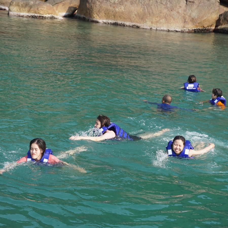 Tour lặn ngắm san hô Sơn Trà - có ăn trưa, đón bãi Rạng