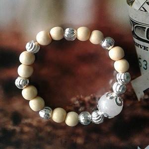 Vòng dâu bé gái 9 bi bạc kèm đá ốp bạc theo mệnh - 9939720 , 715044643 , 322_715044643 , 138000 , Vong-dau-be-gai-9-bi-bac-kem-da-op-bac-theo-menh-322_715044643 , shopee.vn , Vòng dâu bé gái 9 bi bạc kèm đá ốp bạc theo mệnh