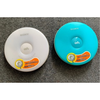 Máy nghe nhạc cd walkman sony dej 002