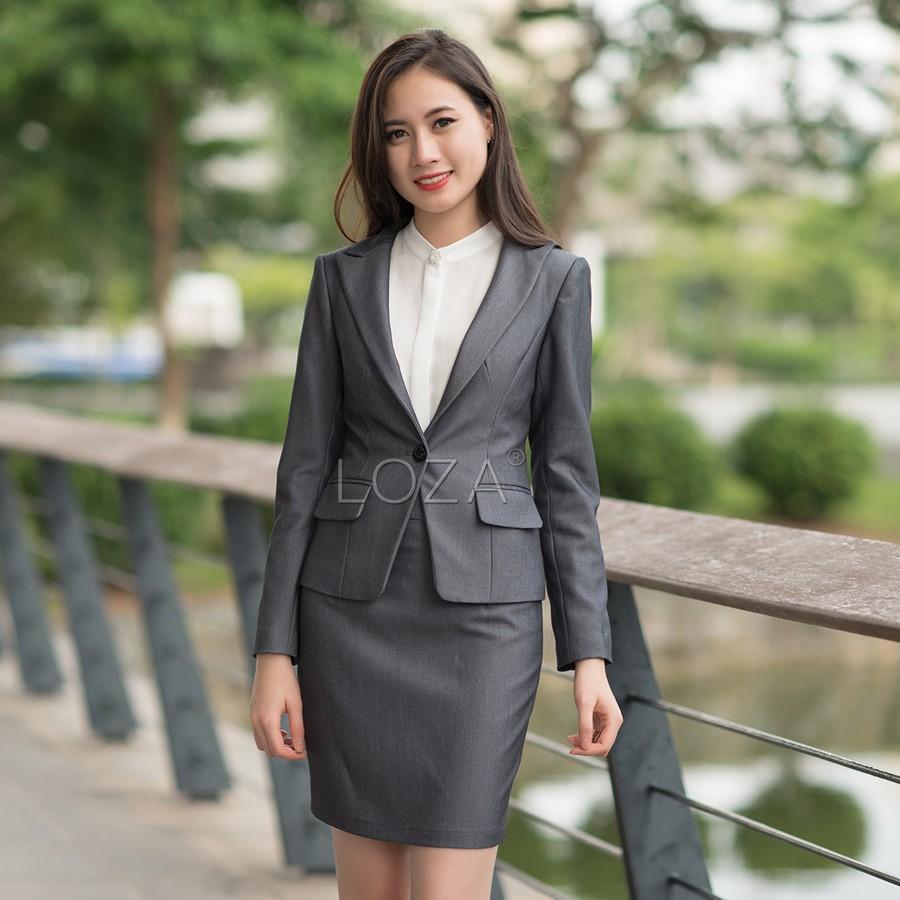 LV710 LOZA Bộ vest đẹp công sở dáng lửng màu ghi sáng - 3095223 , 605911451 , 322_605911451 , 1080000 , LV710-LOZA-Bo-vest-dep-cong-so-dang-lung-mau-ghi-sang-322_605911451 , shopee.vn , LV710 LOZA Bộ vest đẹp công sở dáng lửng màu ghi sáng