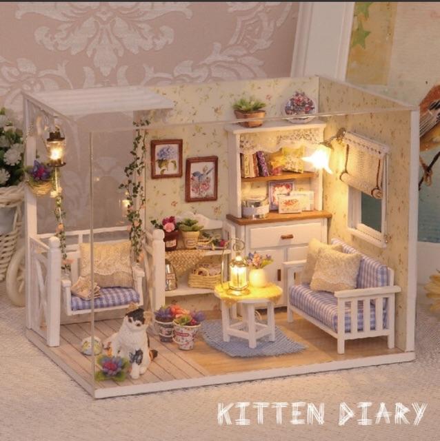 Nhà búp bê có đèn, mica (có đăng video) - Kitten Diary