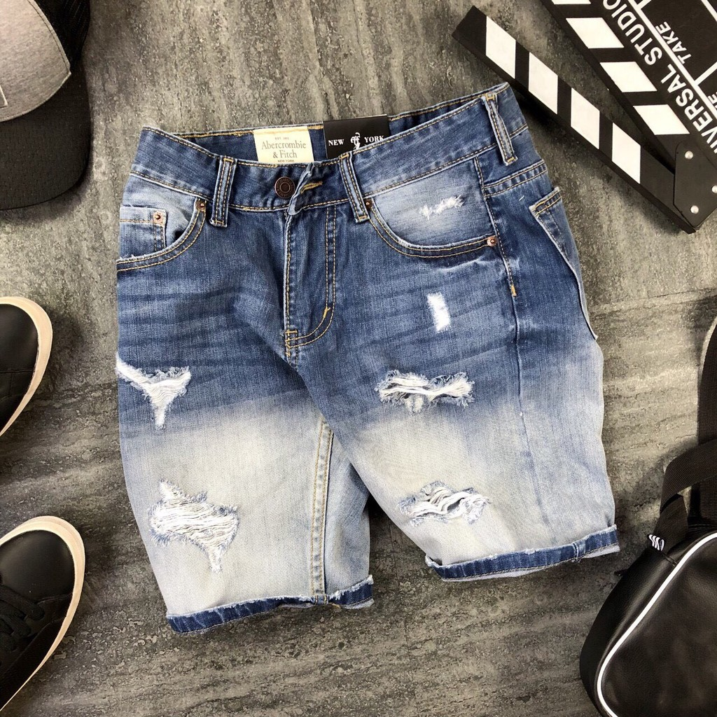 Quần Jeans Short Nam Rách Nhiều Phần Đùi S204