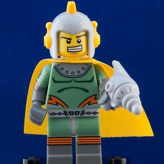 [Sealed] LEGO Minifigures Anh Hùng Không Gian Retro 71018 Series 17 [Chính Hãng]