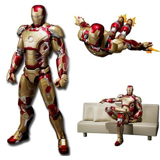 Model Pendant Iron Man Shaped Garage Kit Figure Toy