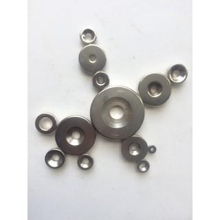 Nam châm tròn có lỗ (có thể bắt vít, bulon) nhiều kích thước, ứng dụng nhiều trong đời sống