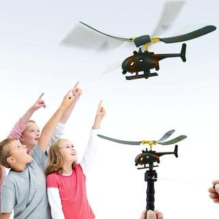 Máy bay trực thăng lên dây cót đồ chơi thú vị cho bé