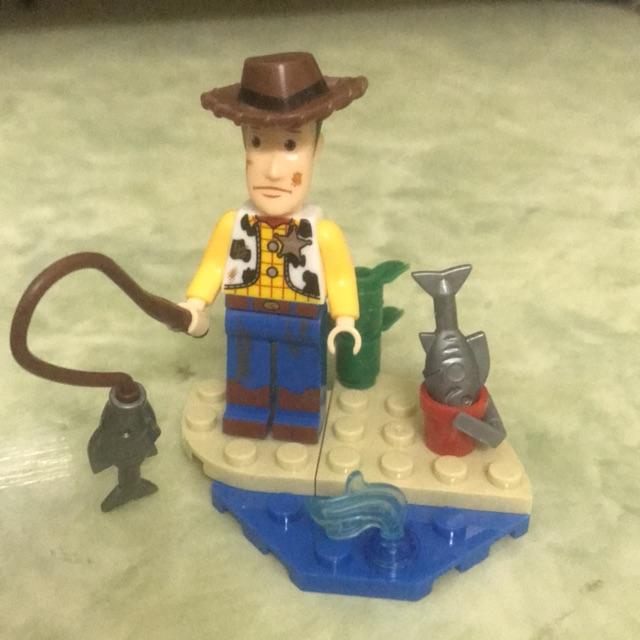 Minifigure nhân vật Woody