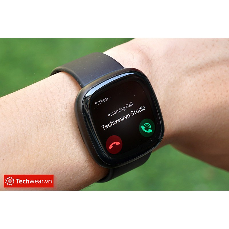 [Mã ELMS3TR giảm 7% đơn 2TR] Đồng hồ thông minh Fitbit Versa 3 - Hàng chính hãng Bảo hành 12 tháng FPT