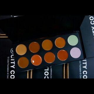Bảng Kem Nền Và Che Khuyết Điểm City Color 10 Color Foundation & Concealer Palette thumbnail