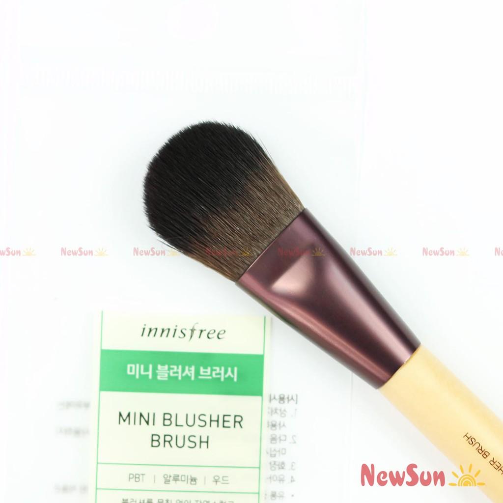 Cọ má mini Innisfree Mini Blusher Brush