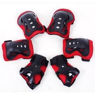 Giày trượt băng có bộ bảo vệ đầu gối trượt băng đào tạo được trang bị Xe tay ga trẻ em chống rơi cho nam giới đầu bánh x