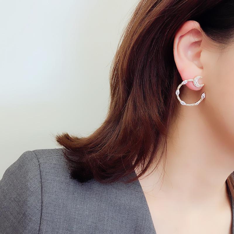 Khuyên Tai Nữ Hình Chữ C Đính Đá Thời Trang