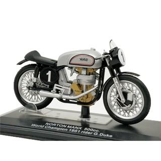 Italeri 1:22 WC Norton 1951 #1 G.Duke Diecast Model Motorcycle
