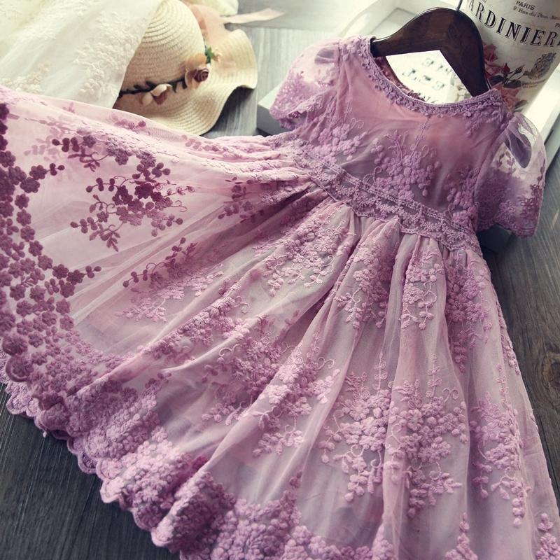 Đầm bé gái phối ren đáng yêu