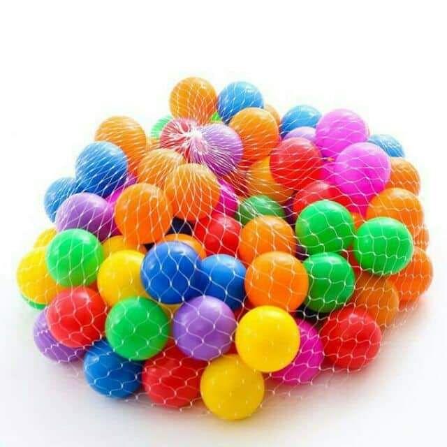 100 quả bóng nhựa đủ màu cho bé yêu.