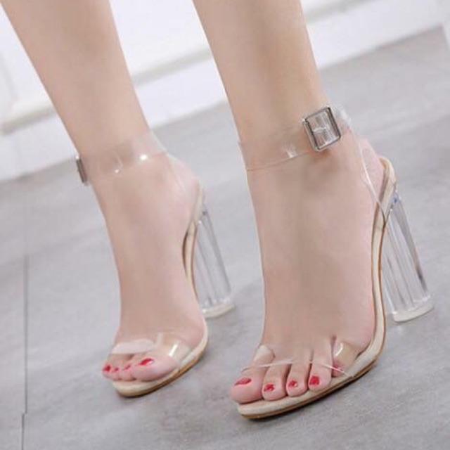 Giày cao gót quai trong hàng quảng châu