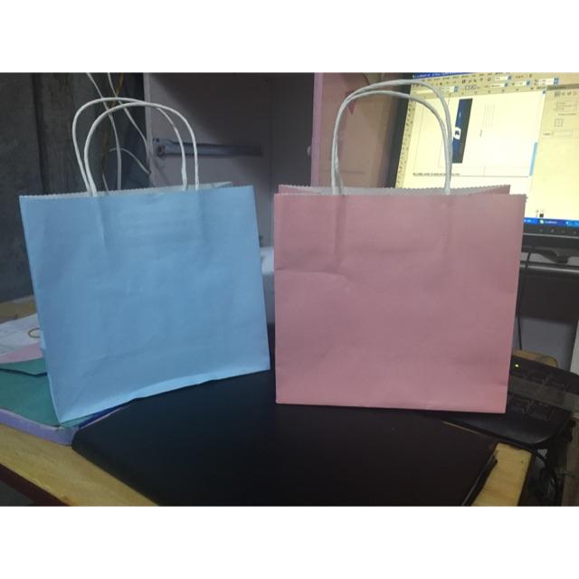Túi mĩ phẩm kt 20x21x10 cm giá cực đẹp 3500₫ mà chất liệu giấy craff nhật 160