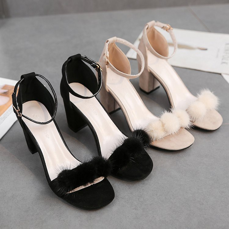 【จัดส่งฟรี】าเวอร์ชั่นเกาหลีของคำกับนางฟ้านักเรียนหยาบกับหญิงสาวที่มีรองเท้าส้นสูง