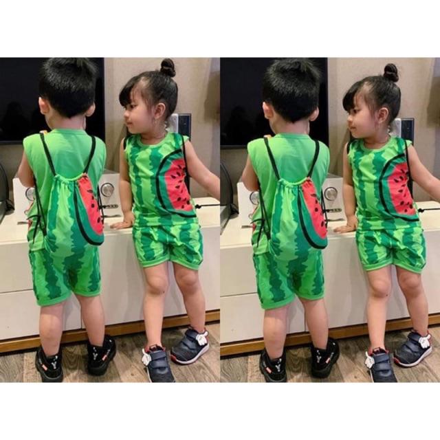 Bộ bé trai và gái