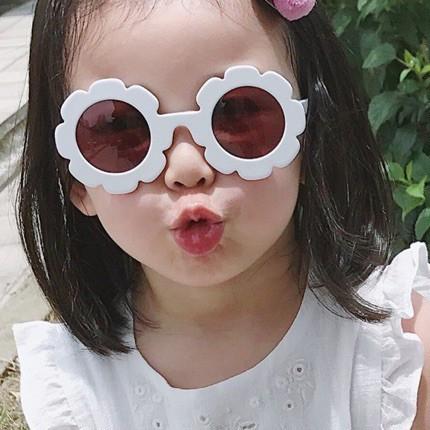 KÍNH mắt thời trang cho bé gái
