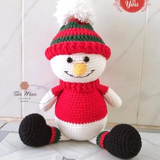 Quà tặng Giáng Sinh – người tuyết bằng len handmade